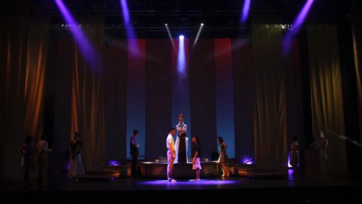 Las Vegas Academy of the Arts tells a popular love story with DPA Microphones