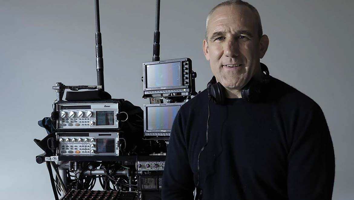 2015-10-28-In-Conversation-With-Simon-Hayes-How-DPAs-Bodyworn-Microphones-are-revolutionising-film-sound-production-L-1.jpg