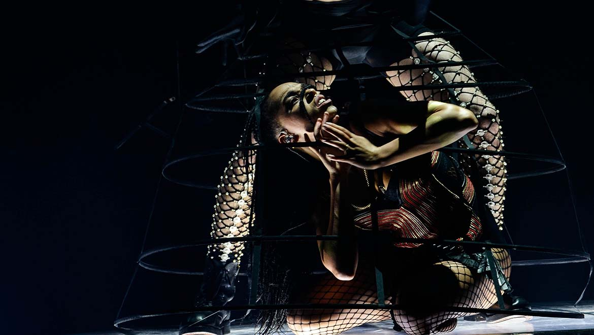 FKA twigs Makes DPA's d:facto™ Vocal Microphone Her First Choice